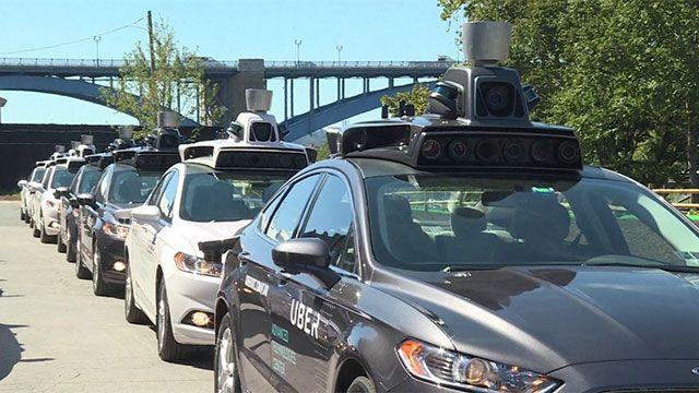 UBER prueba sus primeros coches que no necesitan conductor en EE.UU.