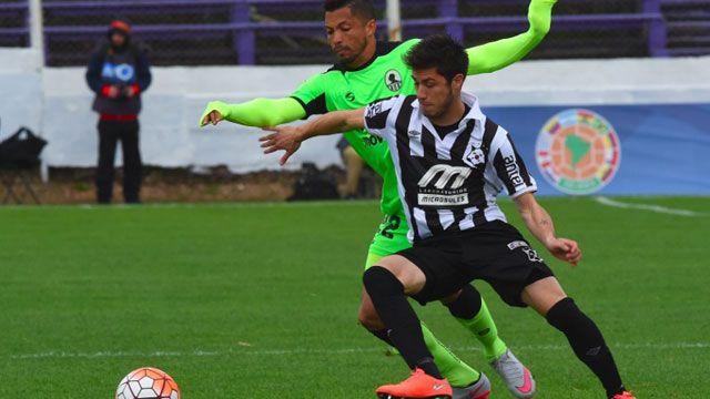 Wanderers derrotó 1-0 a Zamora y clasificó a octavos de la Sudamericana