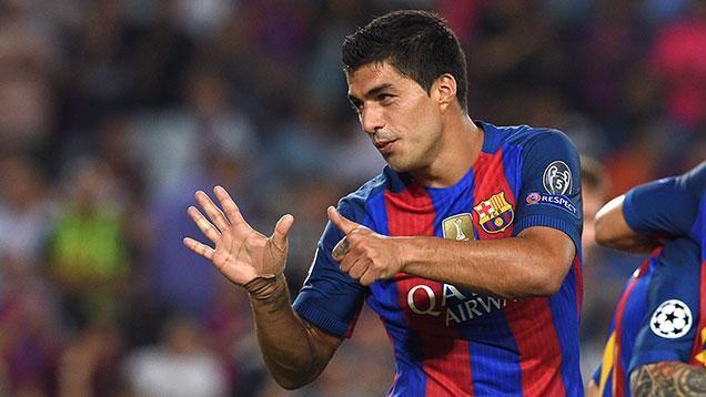Dos de Suárez y uno de Cavani por la Liga de Campeones de Europa