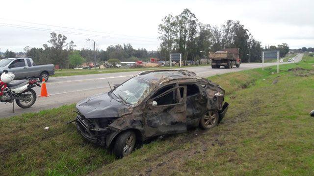 Otro accidente en Florida con vuelco y un joven hospitalizado
