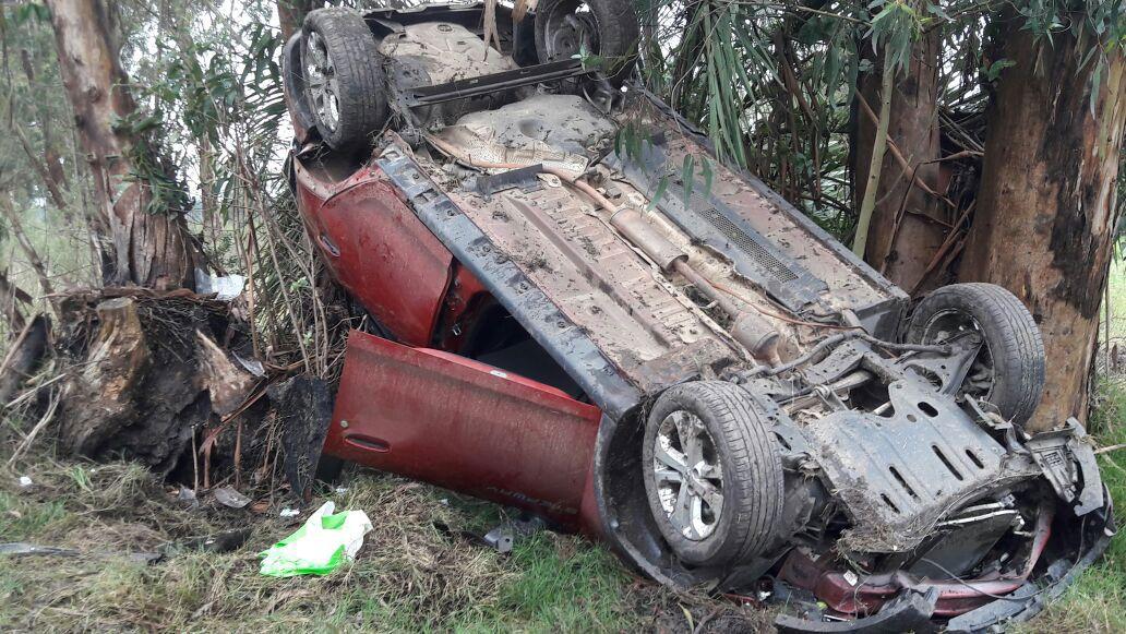 Terrible accidente en Florida con una pareja y una beba que salieron ilesos