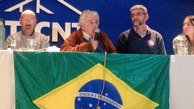 Mujica: la compañera Dilma no tuvo cancha para negociar