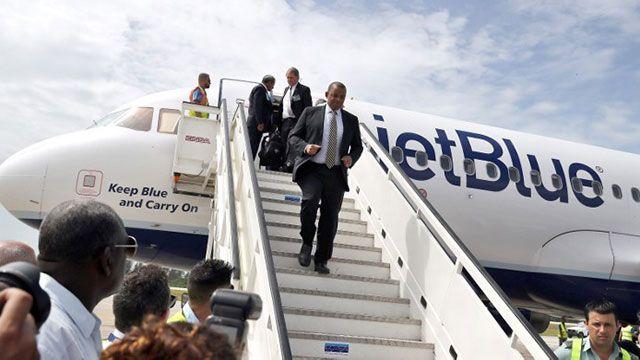Llegó a Cuba el primer vuelo regular desde EEUU en más de medio siglo