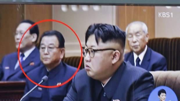 Corea del Norte ejecuta a su viceministro de Educación por sentarse mal