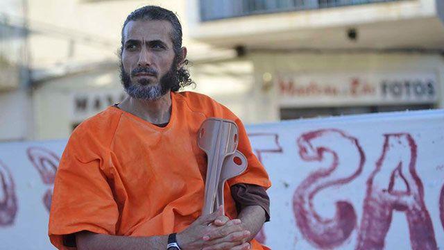 El sirio Diyab llegó a Uruguay y fue sometido a una revisión médica completa