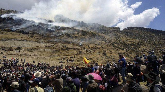 Mineros secuestran a viceministro en tercer día de conflictos en Bolivia