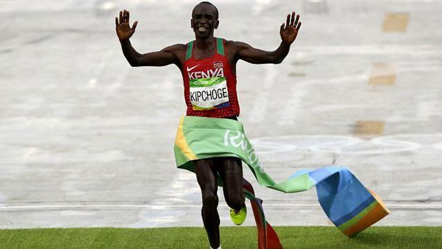 El keniano Kipchoge ganó el oro en el maratón de Rio-2016