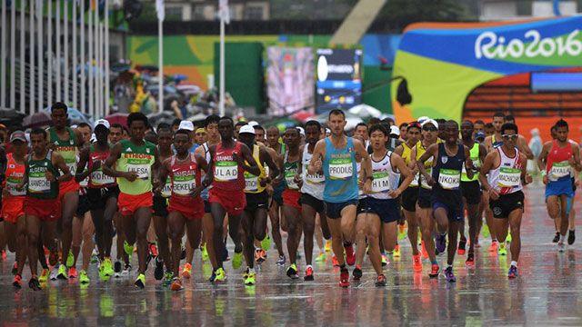 Ya se corre el maratón masculino en Río y compiten tres uruguayos