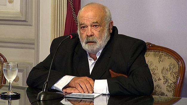 Fernández Huidobro, el guerrillero que llegó a comandar las Fuerzas Armadas