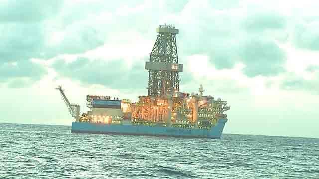 Subrayado visitó la zona del mar territorial uruguayo donde buscan petróleo