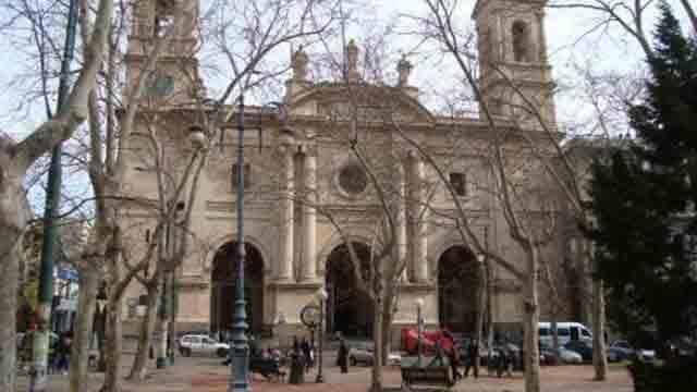Iglesia expulsó a sacerdote abusador, otro está aislado mientras investigan
