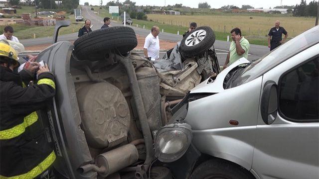 Accidente en Ruta 9, en la entrada de Manantiales, deja dos fallecidos