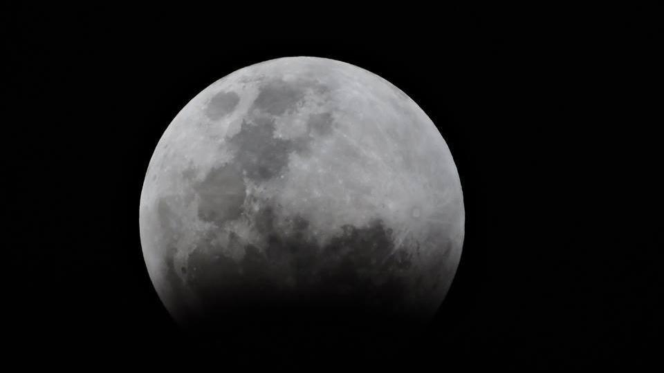 ¿Una aldea en la luna? el proyecto de una base lunar gana adeptos