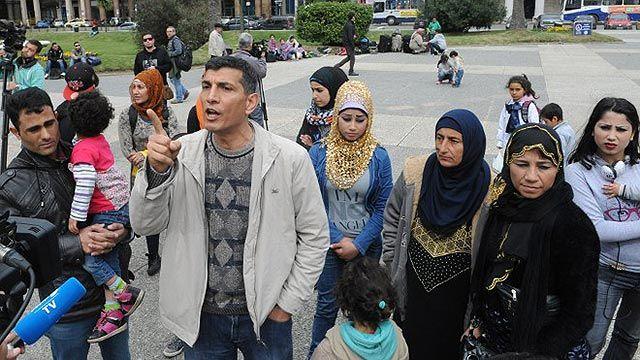 Sirios refugiados dicen que quieren irse porque Uruguay es caro e inseguro