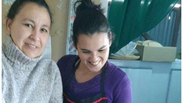 Mujer de Canelones entró al libro Guinness por cocinar 1.500 milanesas