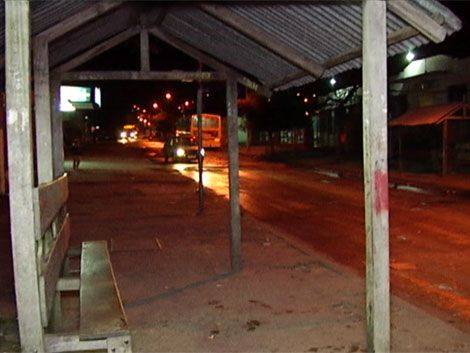 Buscan a joven de 19 años por homicidio en Casabó