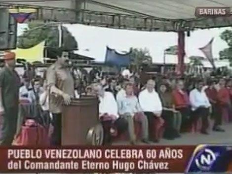 Volvió el pajarito de Maduro y le dijo que Chávez está feliz