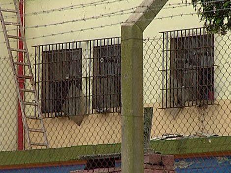 """Internos de Hogar Desafío le temen a celda de castigo """"embrujada"""""""