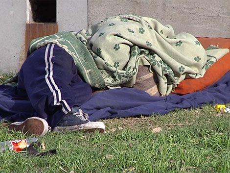 Por frío extremo esperan en los refugios a más de 1.700 personas
