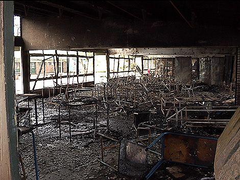 Otra escuela fue víctima del vandalismo