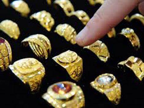 Roban joyería en shopping: se lleva dólares y 120 anillos de oro