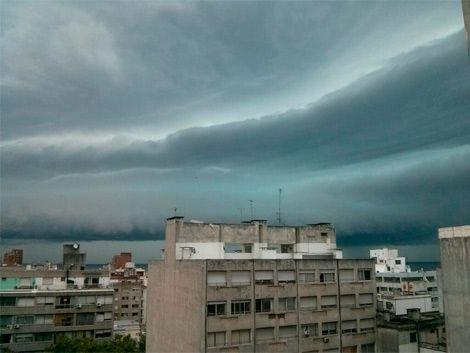 Advertencia Naranja por tormentas fuertes para todo el país