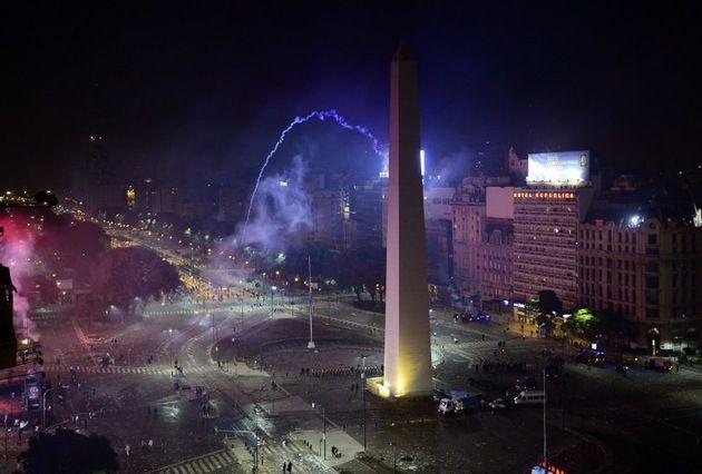 Más de 50 detenidos y decenas de heridos en Buenos Aires