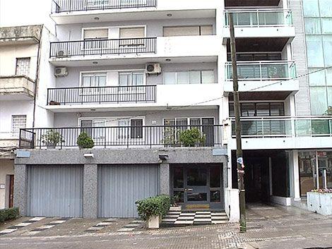 Obrero falleció cuando bajaba un sillón por un balcón en Pocitos