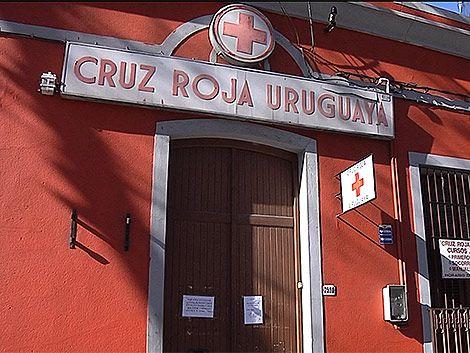 Cruz Roja recibe donaciones para evacuados