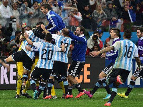 Argentina le ganó a Holanda por penales y clasificó a la final
