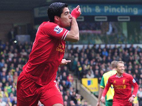 Barcelona y Liverpool negocian el pase de Suárez este miércoles