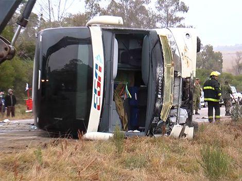 Ómnibus de EGA rebasó un auto antes de volcar este lunes