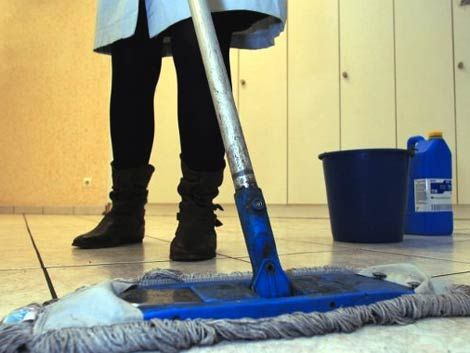 Aumento a empleadas domésticas ronda el 10%