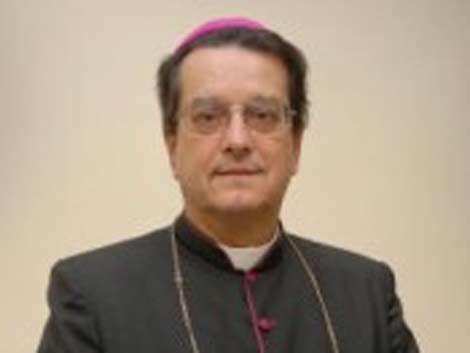 Obispo llama a manifestarse contra el matrimonio gay en Uruguay