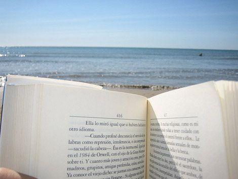 Inauguran bibliotecas en cuatro playas de Montevideo