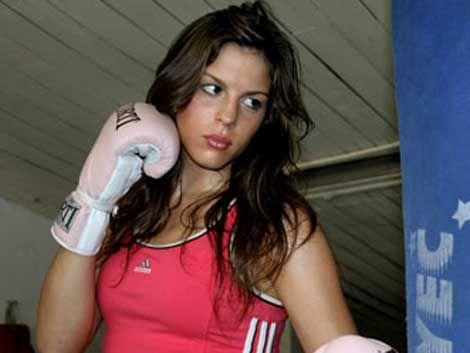 La Reina Comunales se definió como mejor boxeadora uruguaya