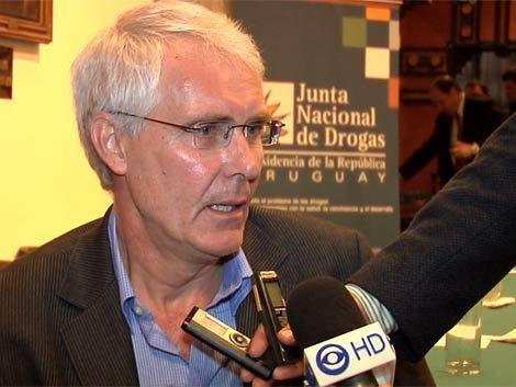 Otro experto a favor de legalizar marihuana como propone Mujica