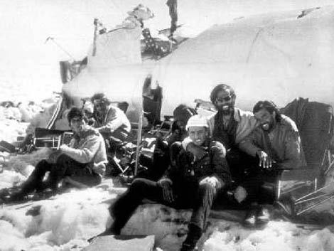 Exposición de objetos usados en la Tragedia de los Andes