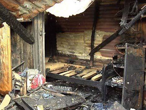Muere una familia carbonizada en incendio en Maroñas