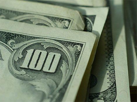 Argentina prohibió oficialmente la compra de dólares para ahorro