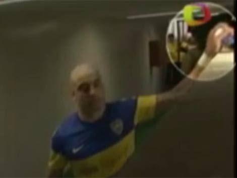 El Tanque Silva se robó una cámara de fotos