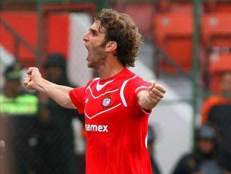 El goleador Iván Alonso fue operado del corazón