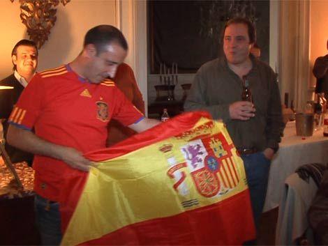 Españoles festejaron en Uruguay el tri de la roja