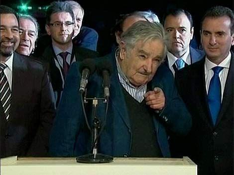 """¿Vos sos pichicatero?"" le preguntó Mujica a periodista argentino"