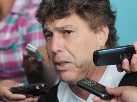 Fénix apuesta al proyecto Tiki-Tiki: vuelve Juan Ramón Carrasco