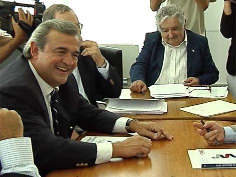 Mujica lamentó que la oposición esté en campaña electoral
