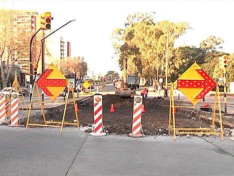 Tránsito complicado por obras en Avenida Italia y Ricaldoni