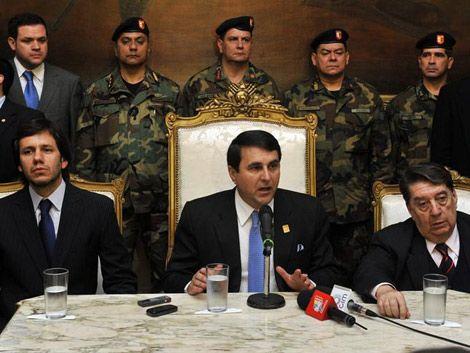 Franco suma rechazos antes de que se pronuncien Unasur y Mercosur