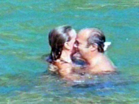 Renunció obispo argentino tras escándalo por fotos en la playa