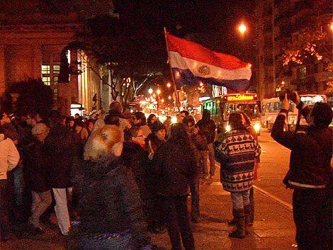 FEUU y Frente Amplio manifestaron rechazo a destitución de Lugo